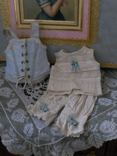 ~~~ Marvelous French BeBe Presentation Box ~~~ from whendreamscometrue on Ruby Lane