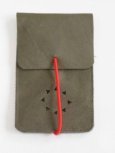 Leren Iphone 4 hoesje van Label 3 | leather bags & accessories op DaWanda.com