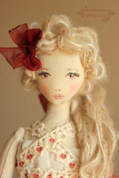 Мои любимые игрушки. Авторские текстильные куклы Анны Балябиной: Куколка для куколки