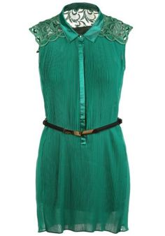 Green Contrast Lace Shoulder Belt Pleated Dress