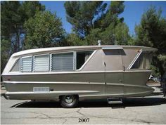Incredible dreamliner 1961 trailer prototype for sale now on ebay!  http://cgi.ebay.com/ebaymotors/1960-HolidayHouse-One-Of-A-Kind-futuristic-Prototype-/120731205319?pt=RVs_Campershash=item1c1c23fec7#v4-37