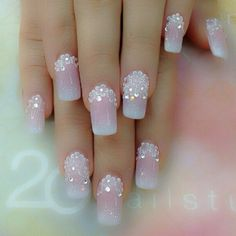 Nails artist nail artist Source by Wedding Nails For Bride, Bride Nails, Fabulous Nails, Gorgeous Nails, Stylish Nails, Trendy Nails, Latest Nail Art, Super Nails, Creative Nails