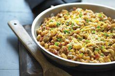 Sartén de macarrones con queso, carne de res y salsa Receta - Comida Kraft