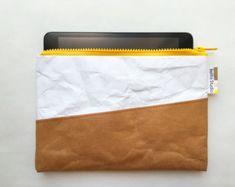 iPad mini case : Tyvek and Kraft paper iPad case/iPad bag/iPad Ipad Mini, Ipad Bag, Top Backpacks, Backpack Travel Bag, 5 W, Skin So Soft, Kraft Paper, Leather Case, Recycling