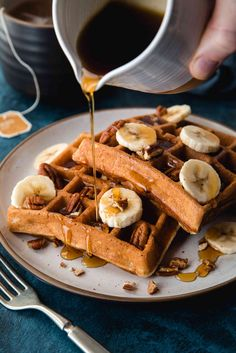 Fluffy inside, crispy outside! These whole wheat banana bread waffles are my new weekend morning go-to. Pro tip: whisk up the dry goods for a DIY mix. Pumpkin Waffles, Pancakes And Waffles, Banana Waffles, Beignets, Waffle Recipes, Brunch Recipes, Delicious Breakfast Recipes, Yummy Food, Nutella