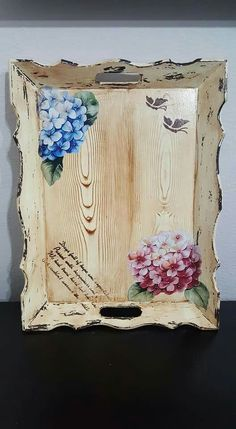 Decoupage Furniture, Decoupage Art, Decoupage Vintage, Painted Furniture, Wood Crafts, Diy And Crafts, Arts And Crafts, Painted Trays, Country Art