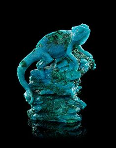 Above, a sitting chameleon chrysocolla carving, Gerd Dreher for Asprey, Idar-Oberstein, Germany...