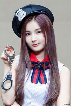 Extended Play, Hunus Entertainment, Dahyun, Best Funny Pictures, Kpop Girls, Asian Beauty, Korea, Cosplay, Portrait