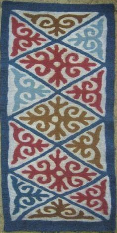 Ala Kiyiz - handmade felt carpet without stitches - solid felted from wool.