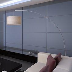 Die elegante Bogenlampe bringt eine warme Atmosphäre ins Zimmer. Eleganz, einfaches Design und hochwertige Herstellung garantieren einen besonderen Hingucker im Wohnzimmer oder Schlafzimmer! Der Ständer ist aus Stahl gefertigt und mit gebürstetem Nickel und Klarlack bearbeitet für ein schönes Aussehen. Die Stehlampe ist geeignet für eine Glühbirne von max. 60 Watt.
