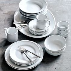 Dinnerware Collections Dinnerware Sets u0026 Dish Sets | Williams-Sonoma & I love plain white dinnerware so the food is the focal point ...