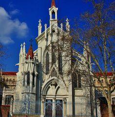 Colegio Nuestra  Señora del Pilar,calle  Castello MADRID .