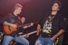 FC : R7 - Victor & Leo levam show menor para balada em ...