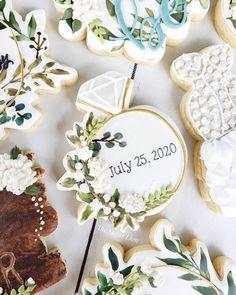 Xmas Cookies, Cut Out Cookies, Cute Cookies, Cupcake Cookies, Sugar Cookies, Cupcakes, Engagement Party Cookies, Bachelorette Party Cookies, Birthday Treats