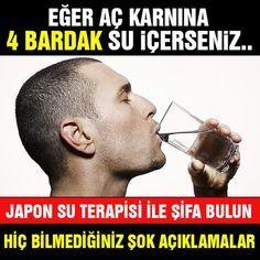 Su içmek kimi insanların aklına bile gelmez ama o kadar faydası var ki okudukça şaşıracaksınız… Japonların uyanır uyanmaz ilk iş olarak su içme alışkanlıkları olduğunu biliyor muydunuz? Çok eski tarihlere dayanan Japon Su Terapisi pek çok hastalığı iyileştirmede kullanılıyor. Saglikhaberleri.com.tr olarak aç karnına su içmenin faydalarını ve yapılan araştırmaları sizler için derledik.. ► Aç karnına su içmenin inanılmaz faydalarını okumak için diğer sayfaya geçiniz...