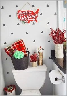 ❤35 Simple Christmas Bathroom Decoration Ideas You Just Can't Miss #christmas #christmasdecor #bathroomdecor #christmasbathroomdecor #homedecor #bathroom | gaming.me