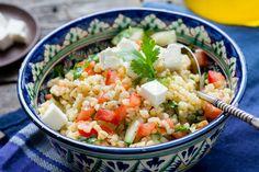 Bulgursaláta Recept képpel - Mindmegette.hu - Receptek Queso Feta, Pasta Salad, Potato Salad, Quinoa, Food And Drink, Veggies, Lunch, Healthy Recipes, Fresh