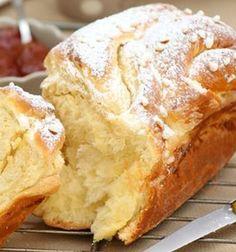 Brioche Russe au thermomix - Del My Site Life Thermomix Bread, Thermomix Desserts, Brioche Russe, Brioche Bread, Grilling Gifts, Gluten Free Recipes For Dinner, French Toast Casserole, Cooking Time, Meat Recipes