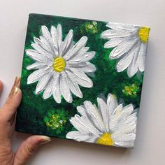 // Original White Floral Daisies Acrylic Painting // By Riddhi Malhotra - Malerei Kunst Daisy Painting, Acrylic Painting Flowers, Acrylic Painting Canvas, Acrylic Art, Painting & Drawing, Easy Flower Painting, Acrylic Painting Inspiration, Back Painting, Flower Art