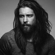 Windsor Buchanan, bladesmith, kinda looks like this man Mens Hairstyles With Beard, Hair And Beard Styles, Long Hair Styles, I Love Beards, Great Beards, Hairy Men, Bearded Men, Black Dagger Brotherhood, Viking Men