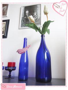 Decoração simples - Garrafas  http://www.veramoraes.com.br/2012/11/decoracao-simples-garrafas.html