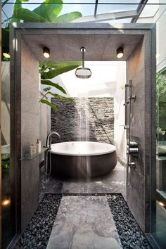 20 nature-inspired bathrooms that will refresh you Home design and interior, . - 20 nature-inspired bathrooms that will refresh you Home design and interior, - Hotel Bathroom Design, Bathroom Renovations, Modern Bathroom, Home Remodeling, Nature Bathroom, Industrial Bathroom, Cool Bathroom Ideas, Bathtub Ideas, Minimalist Bathroom
