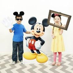 Oh, boy! The mouse is in the house! Your Disney enthusiasts will be delighted with a Mickey & Minnie Mouse Photo Booth that sure is swell. #BdayPhotoBooth #MickeyMouse #Birthday #Party