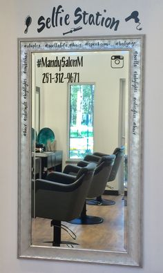 Salon Selfie Station #salonselfie #station #salonm #huffmantx #dbsunlimited #designedbysherry