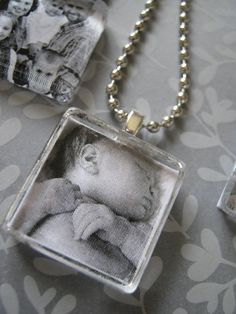 Personalized DIY Photo Pendants using clear glass tiles...