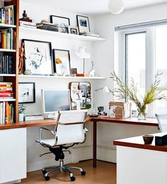 Contemporary Home Office Design Ideas - Search photos of contemporary office. Discover motivation for your trendy office design with ideas for style, storage and also furniture. Small Space Office, Home Office Space, Home Office Design, Home Office Furniture, Home Office Decor, Home Decor, Office Ideas, Office Designs, Desk Office