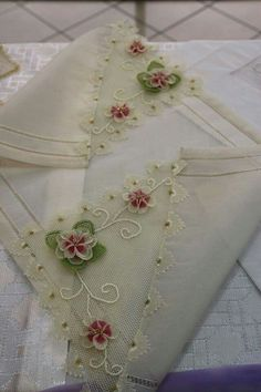 This Pin was discovered by gul Bed Cover Design, Tatting Tutorial, French Beaded Flowers, Linen Towels, Tea Towels, Lacemaking, Point Lace, Needle Lace, Wedding Wishes