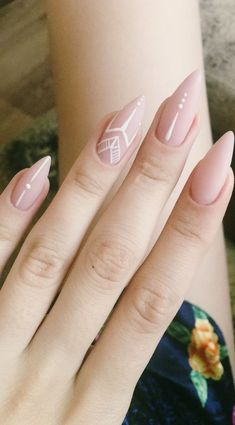 If you don't like fancy nails, classy nude nails are a good choice because they are suitable for girls of all styles. And nude nails have been popular in recent years. If you also like Classy Nude Nail Art Designs, look at today's post, we have col Beautiful Nail Art, Gorgeous Nails, Pretty Nails, Amazing Nails, Fingernail Designs, Nail Art Designs, Pointed Nail Designs, Nude Nails, My Nails
