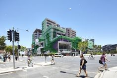 The Lady Cilento Children's Hospital occupies a prominent site in South Bank, Brisbane and serves as an urban counterpoint to the CBD. Hospital Design, Australian Architecture, Architectural Photographers, Design Competitions, Childrens Hospital, Facade, Street View, Design Inspiration, Urban