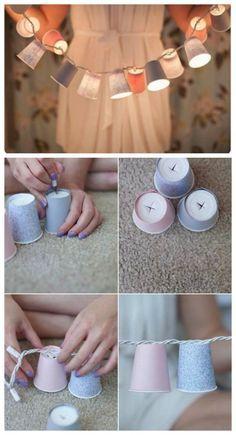 L'idée #DIY : Créer une guirlande de lampions avec des verres en carton et une guirlande de LED. - Create a lantern garland with cardboard glasses and a LED garland.