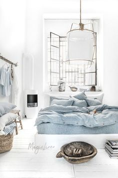 Refresh your bed with our linen duvet cover in blue melange. Duvet Sets, Duvet Cover Sets, Black Bed Linen, Bed Linen Design, Bed Design, Linen Duvet, Design Your Home, Diy Bed, Cool Beds