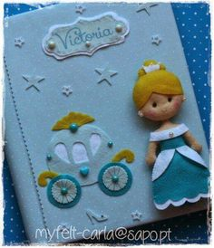 Cinderella felt doll and carriage embellish this photo album cover. So adorable. Baby Crafts, Felt Crafts, Crafts To Make, Crafts For Kids, Sewing Projects, Projects To Try, Felt Quiet Books, Felt Fabric, Felt Diy
