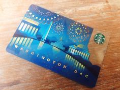 Aiming to replace common fridge magnets, Starbucks continues its 2011 campaign of collectible city cards. Starbucks Rewards, Starbucks Gift Card, Starbucks Coffee, Plastic Card, Creative Gifts, Packaging Design, City, Collection, Corporate Identity