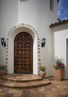 so california! mediterranean entry by newport beach architects & designers #frontdoors