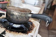 Prihorenú nádobu očistíte ľahko aj bez použitia zbytočnej chémie. Tú navyše ani nemusíte mať práve po ruke.