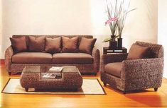 decorating with wicker furniture Indoor Wicker Furniture, Home Furniture, Small House Decorating, Decorating Ideas, Corner Shelves, Interior And Exterior, House Design, Living Room, Sunroom