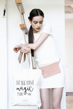 Strausz Kinga írásai: Up to style #KlassDSign Tote Bags