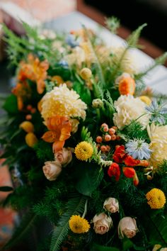 Modern event designer and florist in Brooklyn, NY. Blog focuses on weddings, social events, and DIY projects for modern luxury events in NYC.