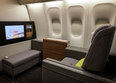 Priestmangoode drew inspiration from domestic interiors to design a first-class cabin with sofas and wardrobes for Brazilian airline TAM. First Class Airline, Flying First Class, First Class Seats, Tam Airlines, Private Jet Interior, Aircraft Interiors, Cabin Design, Design Firms, Barn