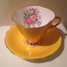 Vintage Clarence Bone China Tea Cup and Saucer by TheDaintyBullet