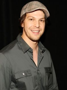 Gavin DeGraw, in love with his voice, his singing, his dancing, his hilarity, and his ability to play the piano flawlessly.