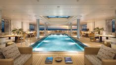 Superyacht Eclipse - Transforming pool