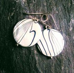 Retro style fashion earrings with glazed white ceramic discs and irregular black stripe detail. Funky Earrings, Funky Jewelry, 80s Fashion, Style Fashion, 80s Style, Zebra Print, Black Stripes, White Ceramics, Fashion Earrings