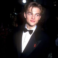 Red Carpet: Oscar Flashback: Leonardo DiCaprio Started His Long Academy Awards Career in 1994 Beautiful Boys, Pretty Boys, Cute Boys, Boy Band, Leonardo Dicapro, Young Leonardo Dicaprio, Best Dressed Man, Oui Oui, Celebs