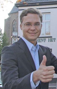 Daumen rauf für mehr junge Leute in den Räten: JU-Chef Matthias Reintjes.
