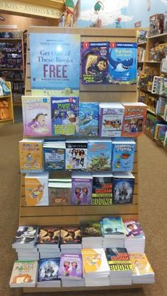 Let your kids choose a #free book with the Barnes and Noble summer reading program 2017 #summerfun #freebie #B&N